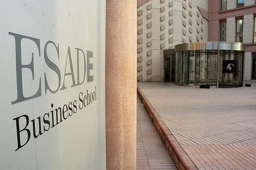 ESADE Business School y Grad School Guru te ofrecen una oportunidad única, estudia en el extranjero